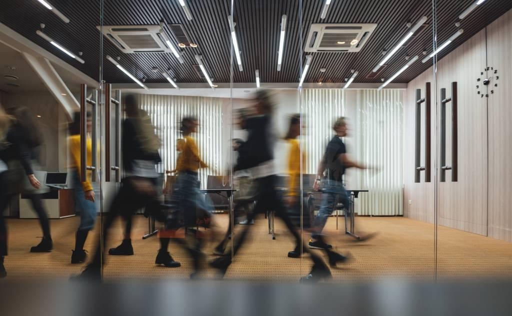 15 μέτρα για τη στήριξη της αγοράς εργασίας κατά την πανδημία του κορωνοϊού