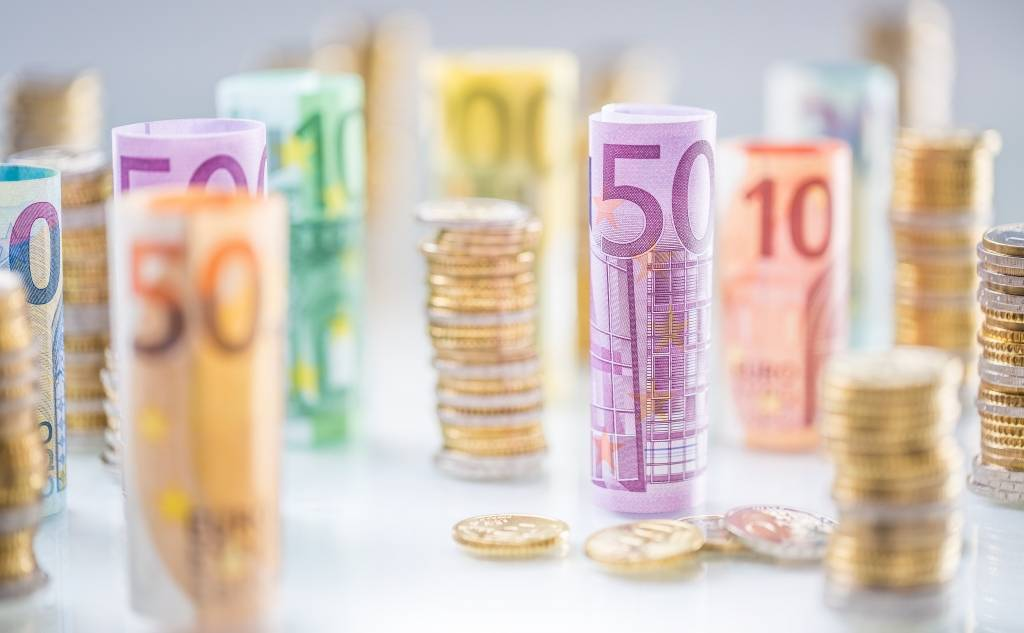 Μέτρα φορολογικής ελάφρυνσης και διευκόλυνσης νοικοκυριών και επιχειρήσεων