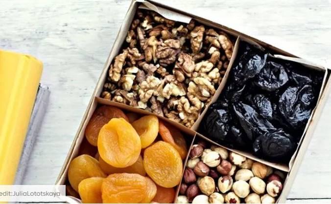 8 σνακ με λίγες θερμίδες για την καταπολέμηση κάθε λιγούρας από άγχος Θες σνακ με λίγες θερμίδες; Αυτά θα σε χαλαρώσουν χωρίς να σε παχύνουν.