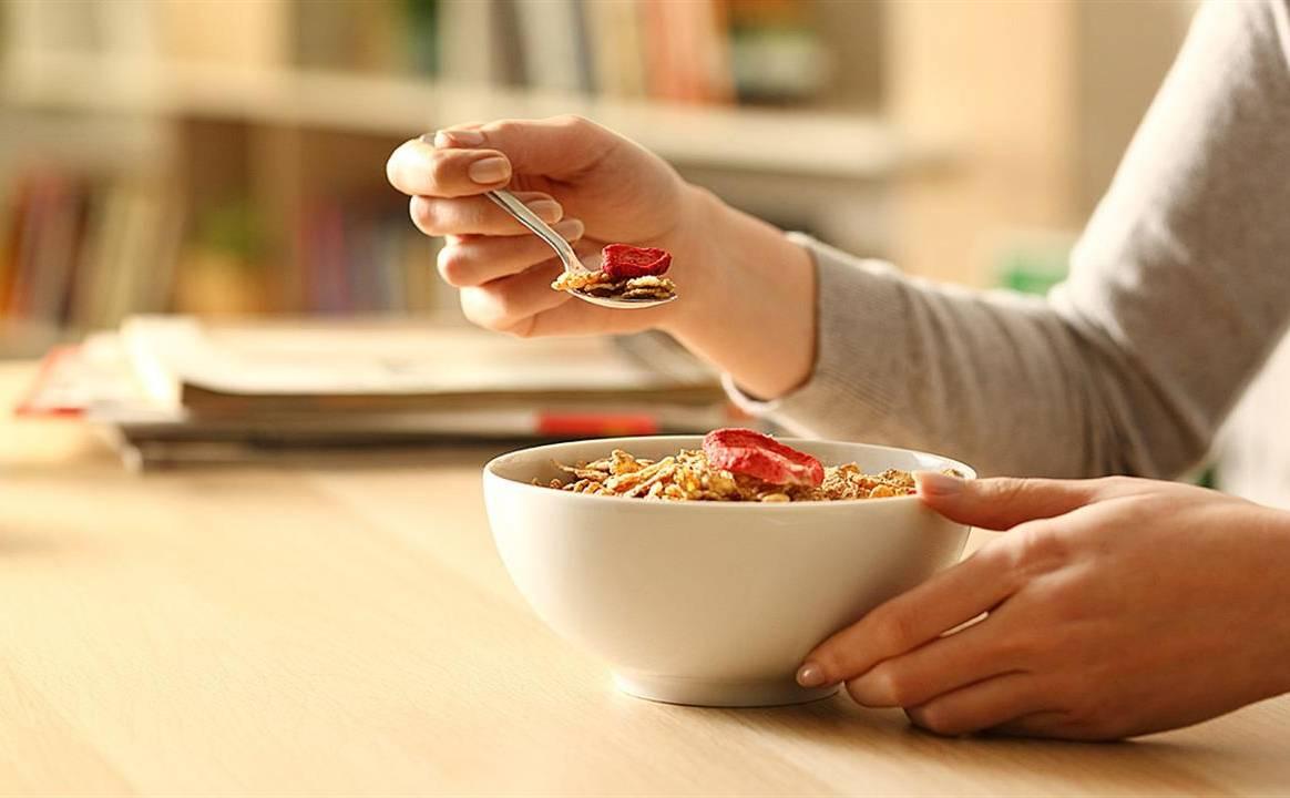 5 + 1 διατροφικές συμβουλές για top επιδόσεις στις εξετάσεις! Ποιες διατροφικές συνήθειες θα βοηθήσουν για άριστο αποτέλεσμα στις εξετάσεις;